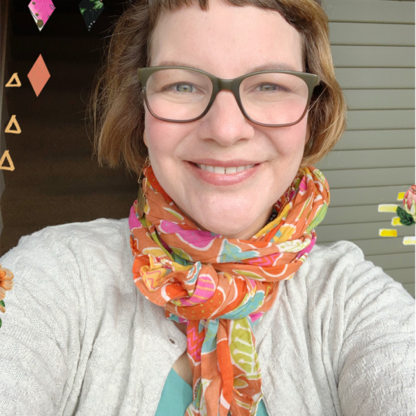 Hello, adorable Spring scarf (FREE to the first 50 customers)!