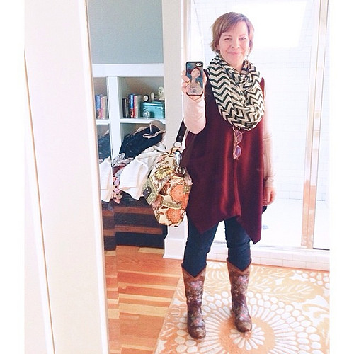 #thewearyourjoyproject continues. In the rhythm now, though lots if repeating of outfits like this one. Still loving the lift that comes with being intentional with getting #dressedupinjoy. #lifechanger