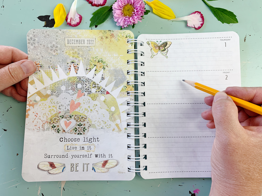 Introducing our NEW 17 month planner!